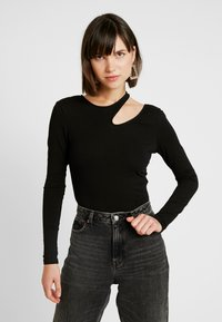 Nly by Nelly - CUT OUT - T-shirt à manches longues - black - 0