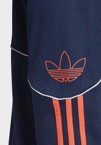 adidas Originals - OUTLINE HOODIE - Bluza z kapturem - blue - 5