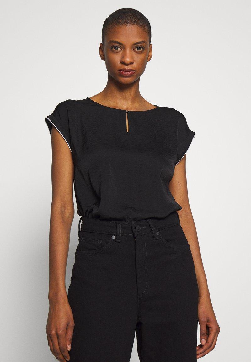 s.Oliver - KURZARM - Bluse - black