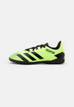 PREDATOR 20.4 FOOTBALL BOOTS TURF - Astro turf trainers - signal green/core black