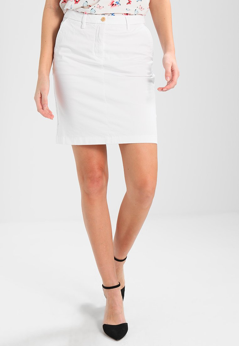 GANT - CLASSIC CHINO SKIRT - Pencil skirt - white
