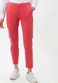 BRAX - STYLE MARON - Trousers - coral - 0