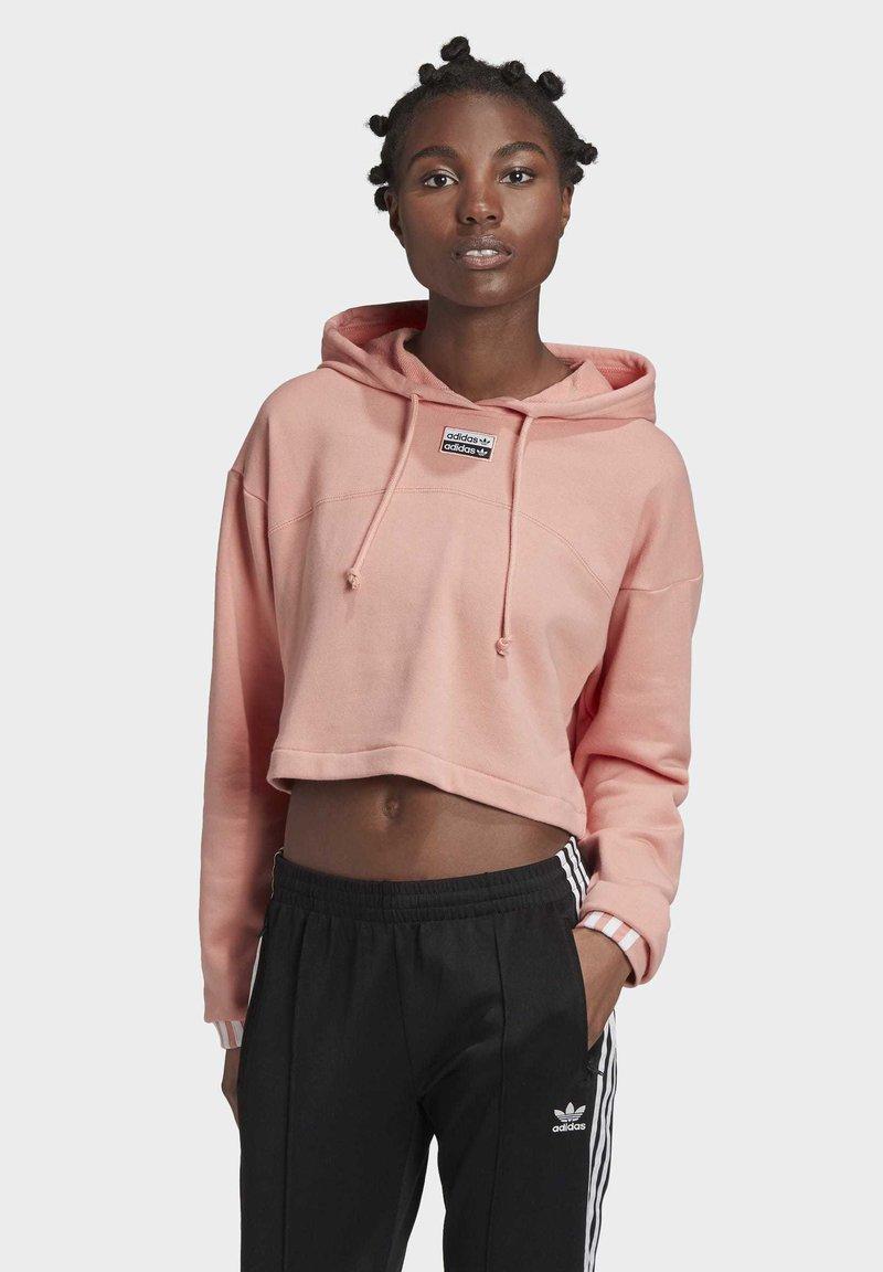 adidas Originals - R.Y.V. CROPPED HOODIE - Jersey con capucha - pink