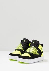 Jordan - SKY 1 - High-top trainers - black/volt/white - 3