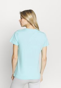 Helly Hansen - LOGO - Print T-shirt - glacier blue - 2