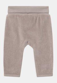 Sense Organics - AKI BABY - Trousers - taupe - 1