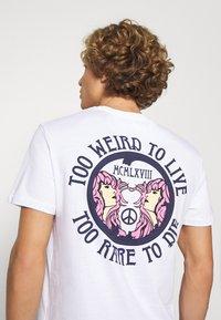 YOURTURN - UNISEX TEE  - T-shirt med print - white - 3