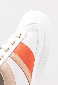 GANT - AVONA  - Trainers - bright white/coral - 2
