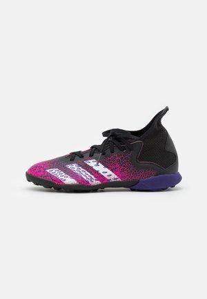 PREDATOR FREAK .3 TF UNISEX - Astro turf trainers - core black/footwear white/shock pink