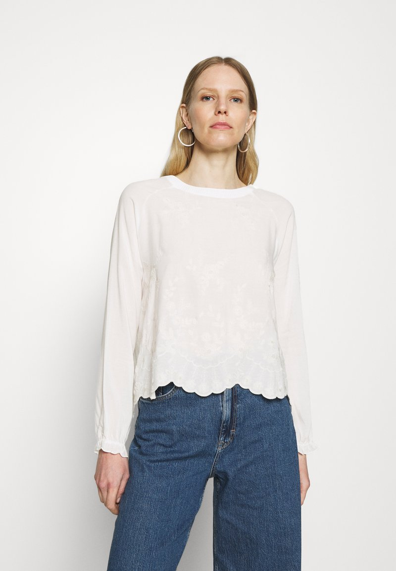 Rich & Royal - LONGSLEEVE WITH BROIDERIE ANGLAISE - Blouse - pearl white