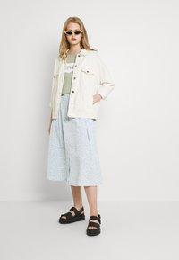 Monki - SIGRID BUTTON SKIRT - A-line skirt - blue dusty light - 5