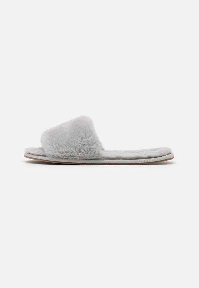 ONLHOLA SLIPPER - Pantofole - grey