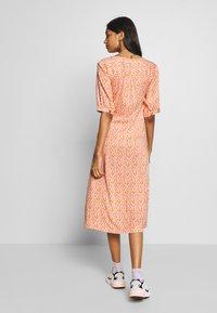 esmé studios - GRACE DRESS - Košilové šaty - carnelian - 2