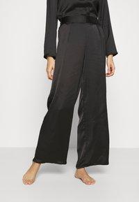 Etam - ERINA PANTALON - Pyjama bottoms - noir - 0