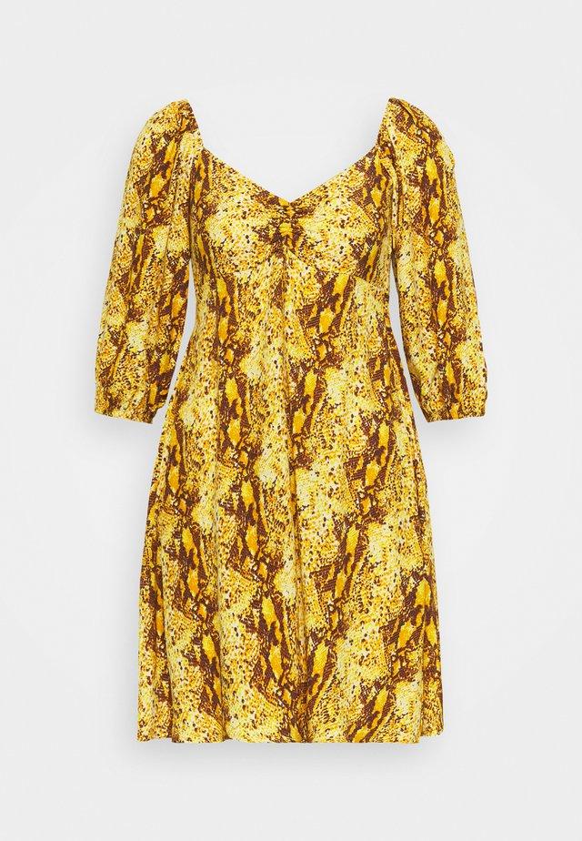 MARTINE MINI DRESS - Vardagsklänning - dark yellow