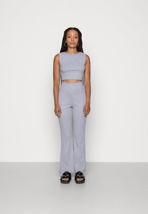 RACER AND FLARE SET - Top - grey marl