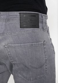 Jack & Jones - JJITIM JJORIGINAL - Slim fit jeans - grey denim - 5