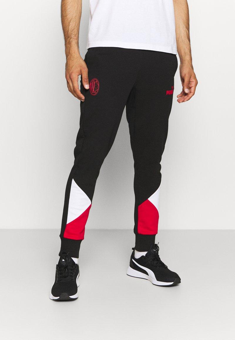 Puma - AC MAILAND FTBLCULTURE TRACK PANTS - Verryttelyhousut - black/tango red