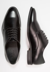 Zalando Essentials - Smart lace-ups - black - 1