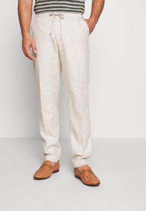 HEJGAARD TROUSER - Trousers - sand