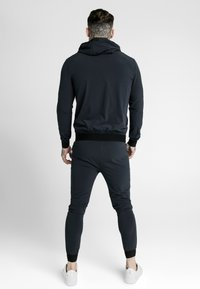 SIKSILK - AGILITY ZIP THROUGH HOODIE - Lehká bunda - midnight navy - 2