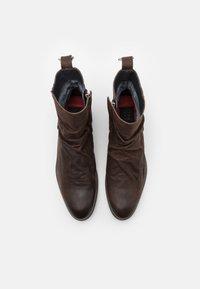 Shelby & Sons - MCCARTHY SLOUCH BOOT - Kotníkové boty - brown - 3