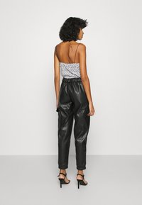Noisy May - NMHILL PANT - Trousers - black - 2