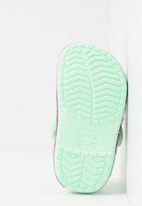 Crocs - FUNLAB UNICORN BAND - Pool slides - neo mint - 5