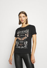 Even&Odd - LOULOU WILD HEARTS ROCK TEE - T-shirt con stampa - black - 0