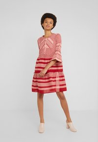 CECILIE copenhagen - JADE - Abito a camicia - raspberry - 0