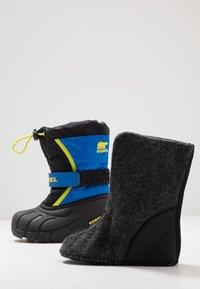 Sorel - YOUTH FLURRY - Zimní obuv - black/super blue - 6