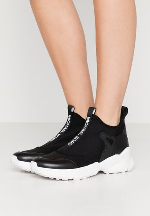 WILLOW - Sneaker high - black