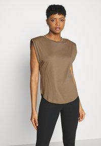 Good American - STRONG SHOULDER TANK - Basic T-shirt - taupe - 3