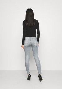 Liu Jo Jeans - DIVINE - Skinny džíny - grey raziel wash - 2