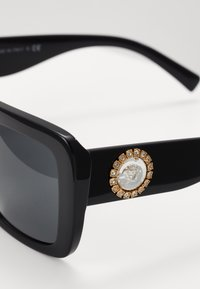 Versace - Sunglasses - black - 4