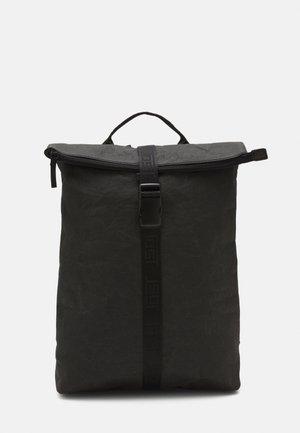 COURIER BACKPACK TROSA - Batoh - black