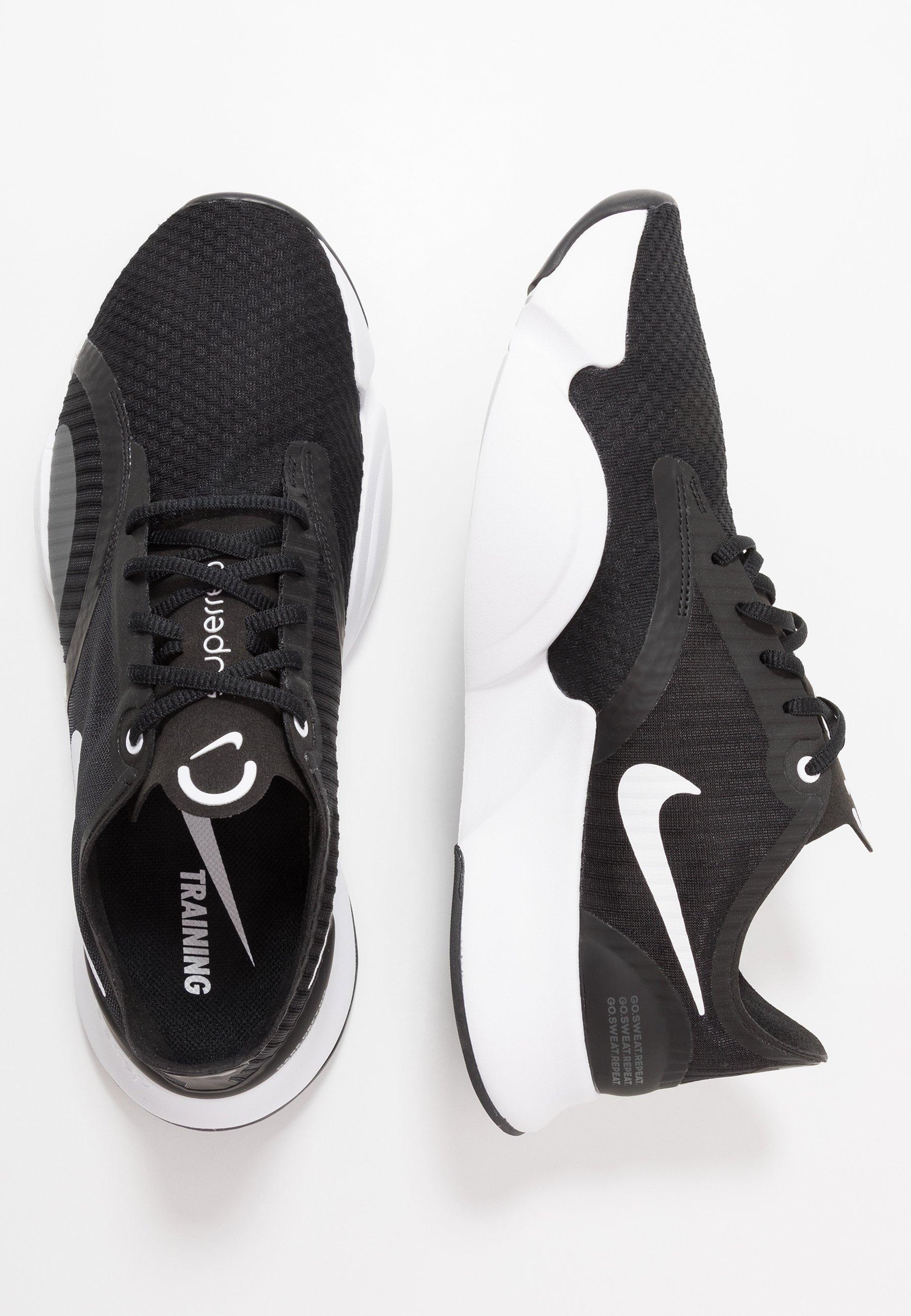 Nike Performance LEGEND ESSENTIAL Treningssko black