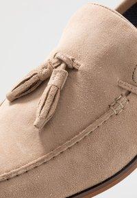 Pier One - Nazouvací boty - beige - 5