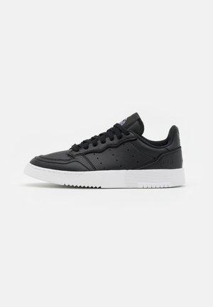 SUPERCOURT VEGAN UNISEX - Tenisky - core black/footwear white
