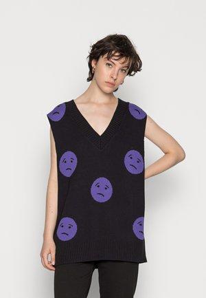SKILL - Pullover - black/purple
