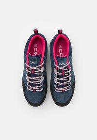 CMP - ALCOR LOW TREKKING SHOE WP - Hiking shoes - asphalt/fragola - 3