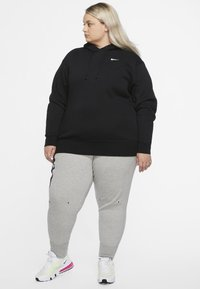 Nike Sportswear - GRANDE TAILLE - Fleece jumper - black/white - 1