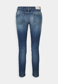 CLOSED - BAKER - Slim fit jeans - mid blue - 7