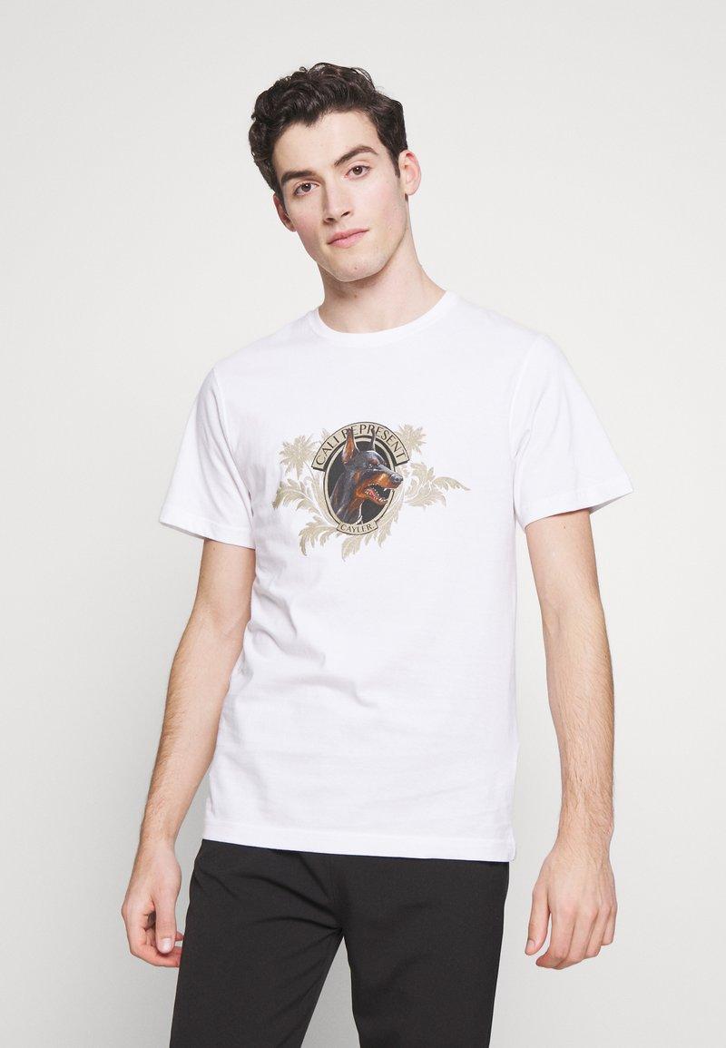 Cayler & Sons - WHOOO TEE - Print T-shirt - white
