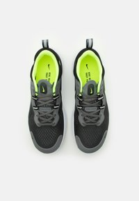 Nike Performance - REACT MILER - Obuwie do biegania treningowe - smoke grey/volt/black - 3
