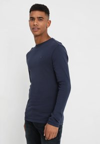 Tommy Jeans - ORIGINAL SLIM FIT - Long sleeved top - black iris - 0