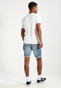 Redefined Rebel - OSLO DESTROY  - Shorts vaqueros - skyway blue - 2