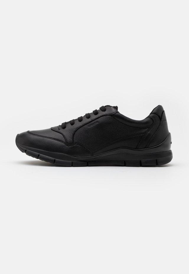 SUKIE - Zapatillas - black
