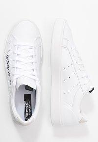 adidas Originals - SLEEK - Joggesko - footwear white/crystal white/core black - 3