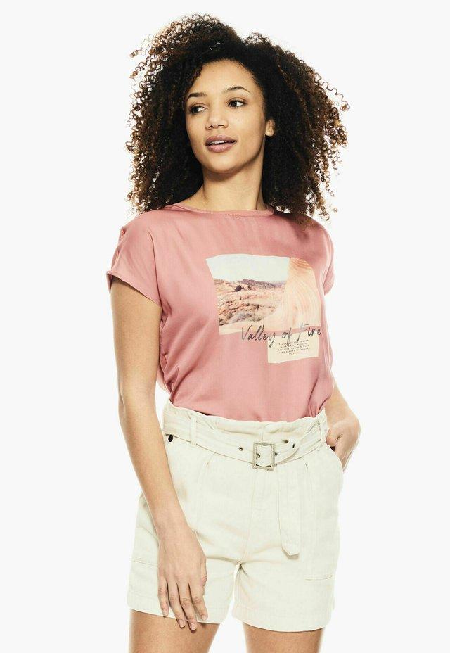 T-shirt print - desert rose